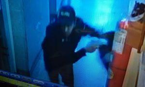 Las imágenes más escalofriantes del ataque comando a la comisaría en San Justo