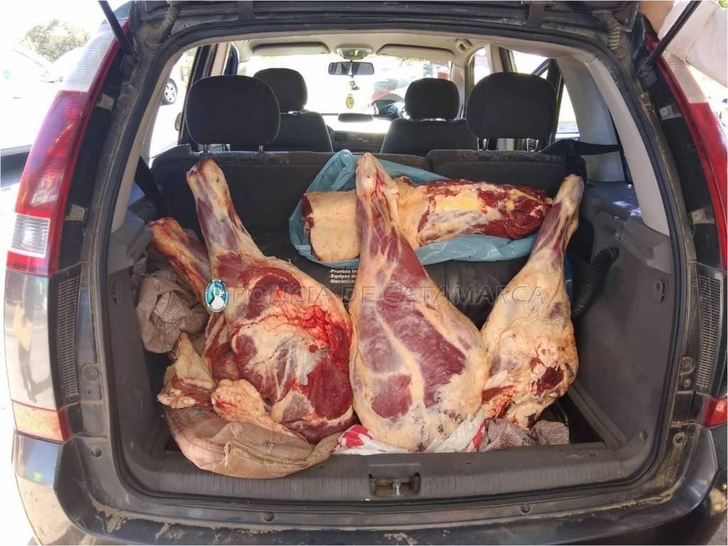 La Policía de Catamarca secuestró 500 kilos de carne en operativos