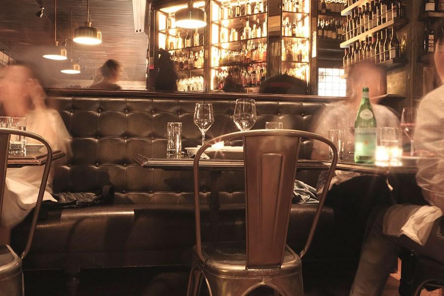 En este Bar de Europa solo se sirve Agua