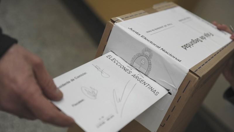Entre Ríos: el gobernador Bordet y el radical Benedetti polarizan la elección del domingo