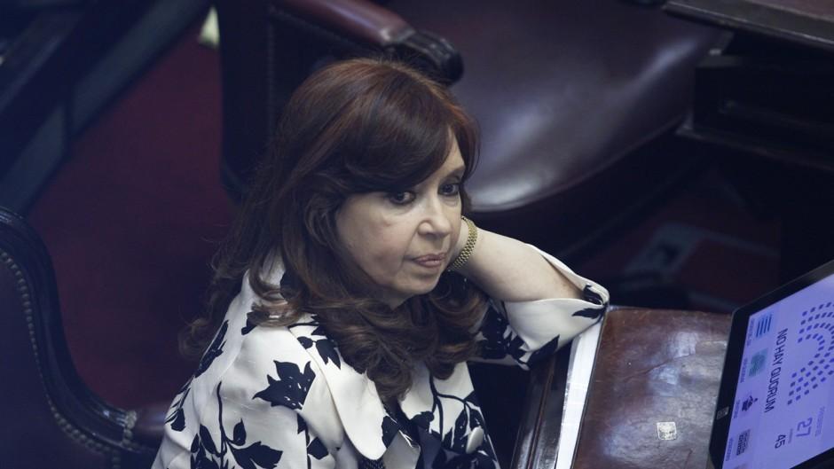 Cristina denuncia que Macri copó los tribunales con jueces amigos