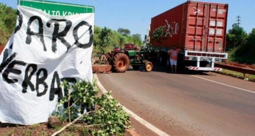 Aumenta la yerba, pero hay tensión y los productores amenazan con bloquear camiones