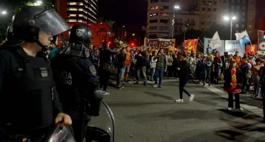 Tensión por intento de acampe frente al Ministerio de Desarrollo Social