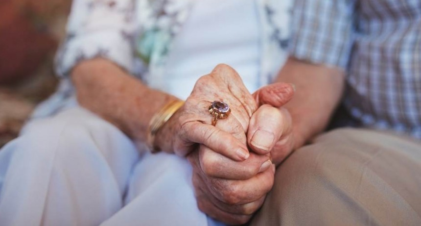 Ponen nuevos requisitos para acceder a la Pensión Universal al Adulto Mayor