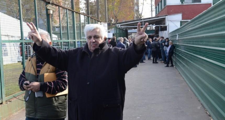 Alberto Samid deberá declarar este  lunes ante la Justicia de Belice y su familia le busca un abogado