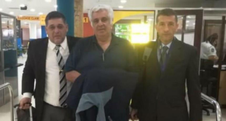 Alberto Samid llego al país y quedará preso hasta enfrentar el juicio