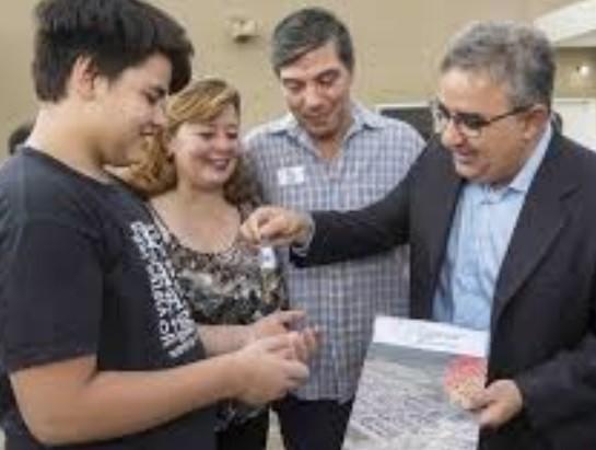 Jalil entregara viviendas en Malli, Andalgalá