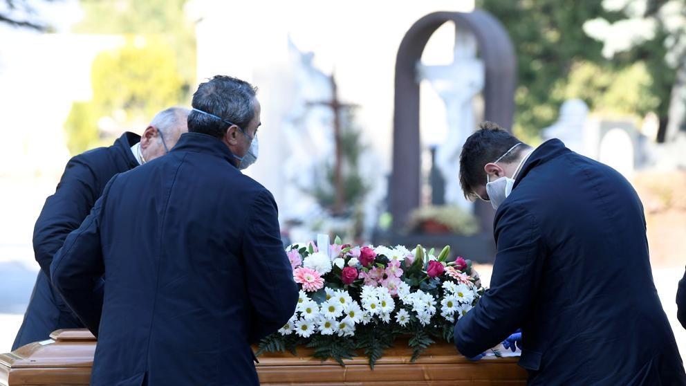 Italia superó las 20.000 víctimas y tiene casi 160.000 infectados
