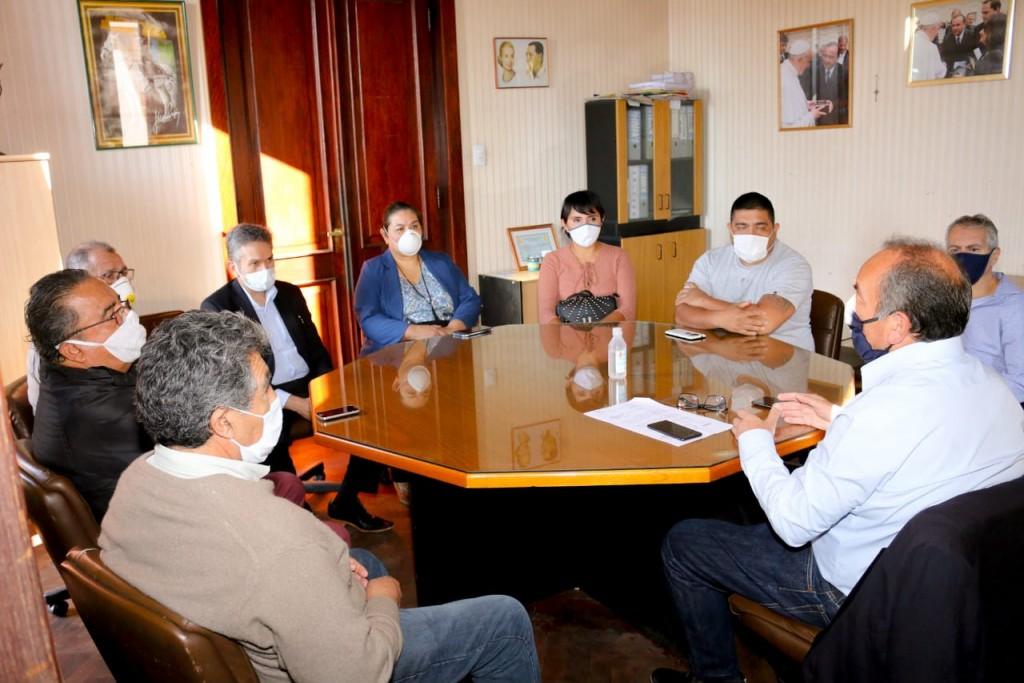 Jorge Moreno aseguró pago de sueldos a estatales provinciales