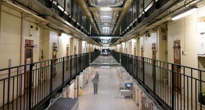 Varias cárceles de EE.UU. liberan a sus presos para disminuir el contagio por coronavirus