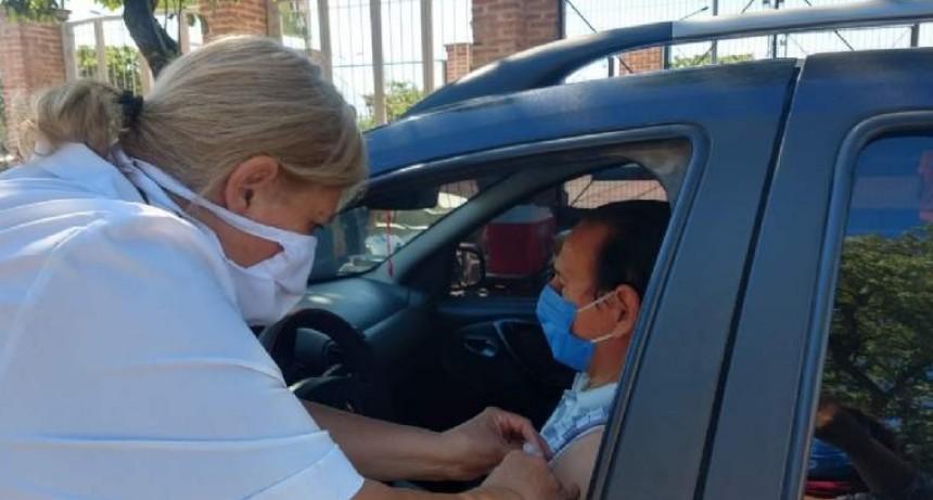 Se aplicaron más de 700 antigripales en cuatro puntos de la ciudad