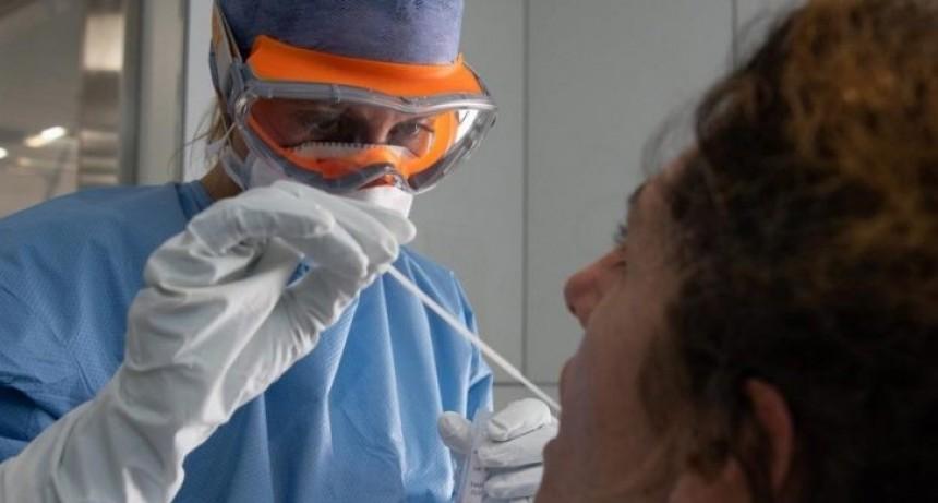 Argentina está entre los países con mayor cantidad de médicos contagiados con coronavirus