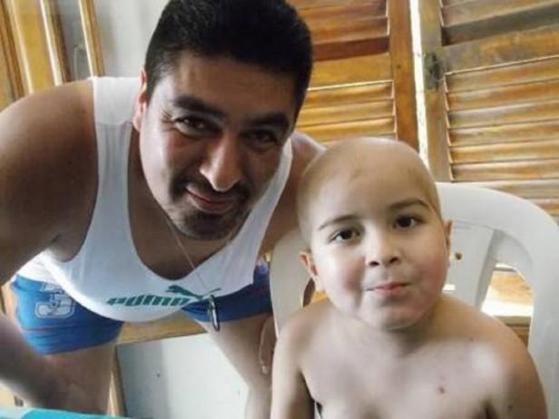 La PLata: Manuel encontró un donante de médula ósea