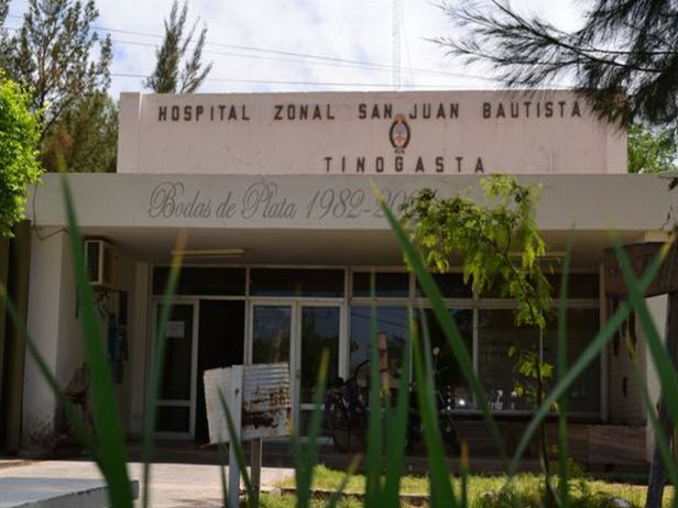 Empleados de salud de Tinogasta cortaron la ruta 60