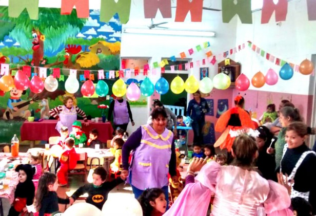 """Festejos por la semana de los jardines de infantes en el Centro de Desarrollo Infantil """"Niñary"""""""