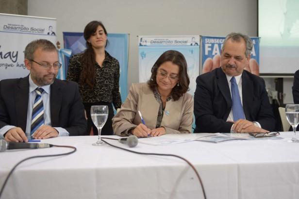 Lucía inauguró las Jornadas por los Derechos de Niñas, Niños y Adolescentes
