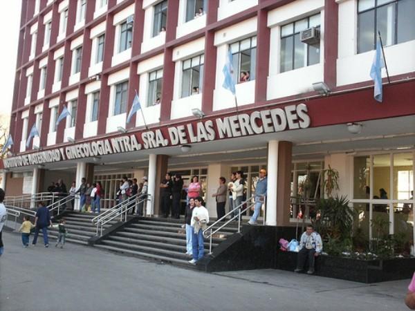 Tucumán: No se dio cuenta que había dado a luz y la Policía salvo al bebé