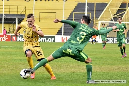 Sarmiento supo lograr el milagro y continuará en Primera