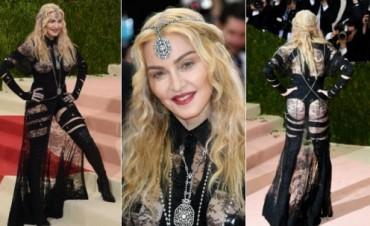Madonna Provocativa en la gala del MET