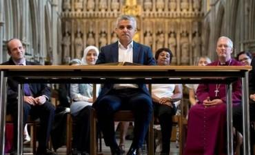 Sadiq Khan asumió el cargo de alcalde de Londres, primer alcalde musulmán