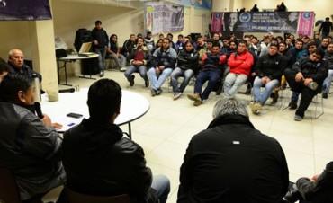 Petroleros de Santa Cruz y Chubut paralizaron las actividades en YPF