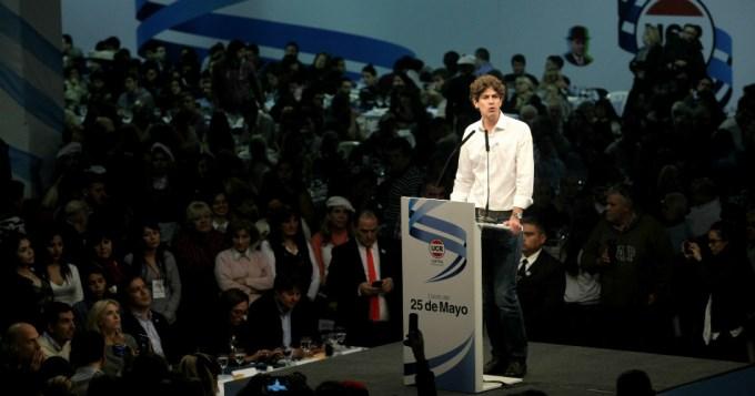 Lousteau asumió ser opositor al PRO