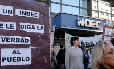 El poder adquisitivo del salario cayó 15,1% en la gestión Macri