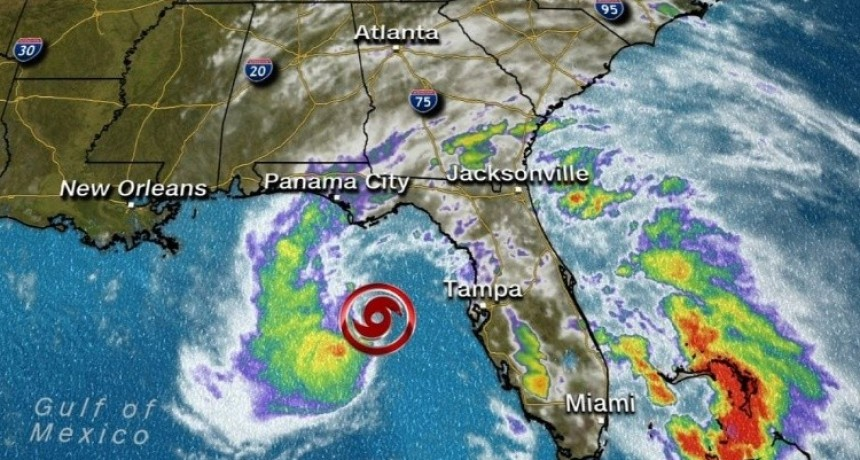 La tormenta subtropical Alberto ya amenaza al Golfo de México