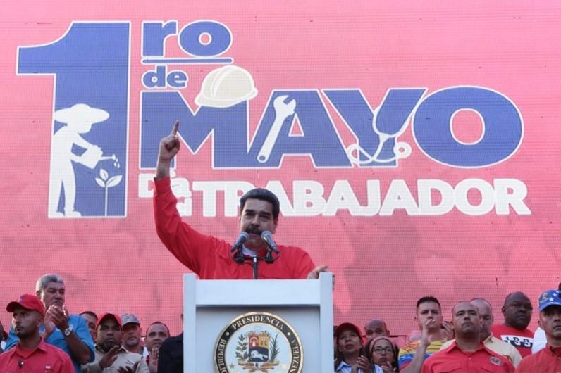 Nicolás Maduro: Estamos tras la captura de los golpistas que quedaron solos y derrotados