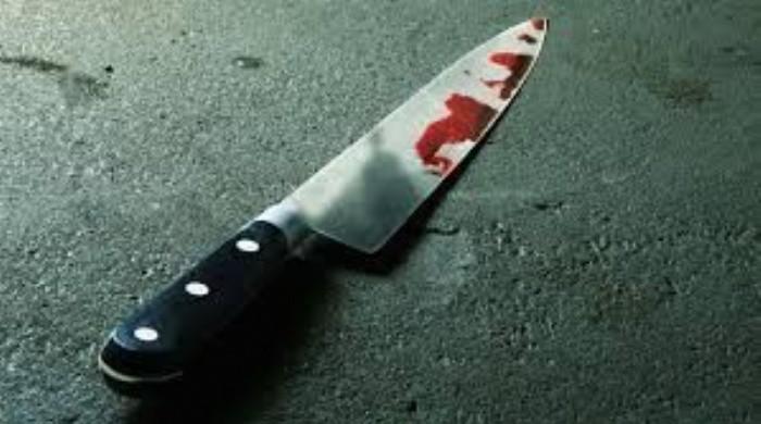 Discutieron y forcejearon con un cuchillo: terminaron en el hospital