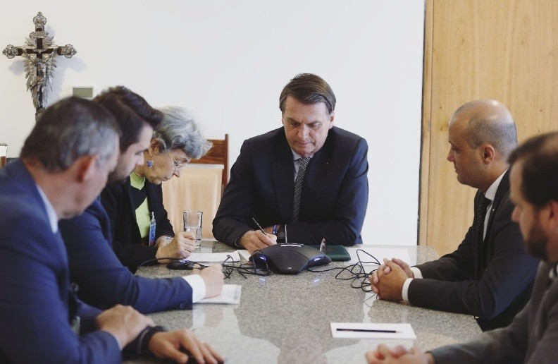 Bolsonaro vuelve a tener un exabrupto: El gran problema es la clase política