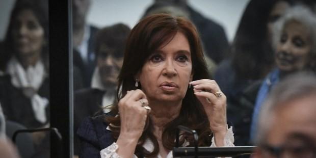 Se reanuda el juicio por la causa Vialidad y Cristina Kirchner asiste a la audiencia