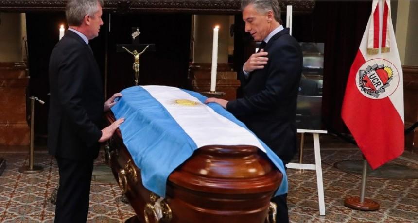 Fotos: último adiós al diputado Héctor Olivares en el Congreso de la Nación