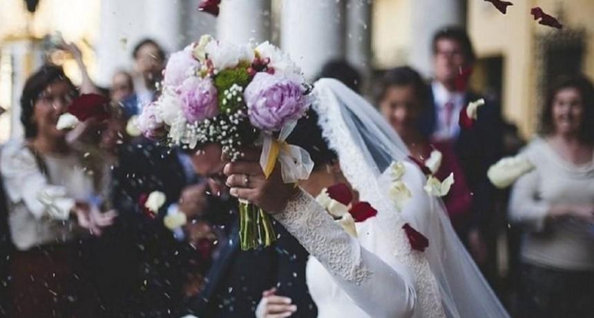 ¡El matrimonio más corto de la historia! Pareja se separa tres minutos después de haberse casado