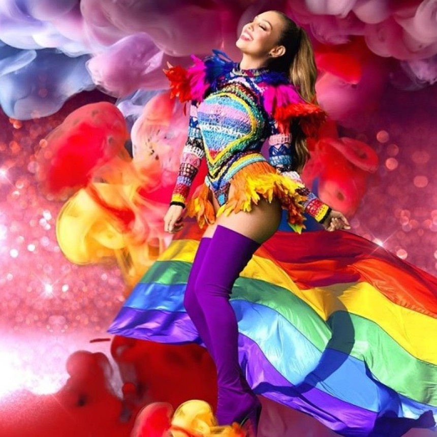Thalía y su homenaje a la comunidad LGBTQ con mensajes a favor de la diversidad