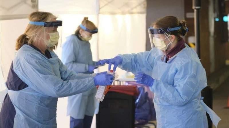 Confirmaron otras cinco muertes y 105 casos de coronavirus
