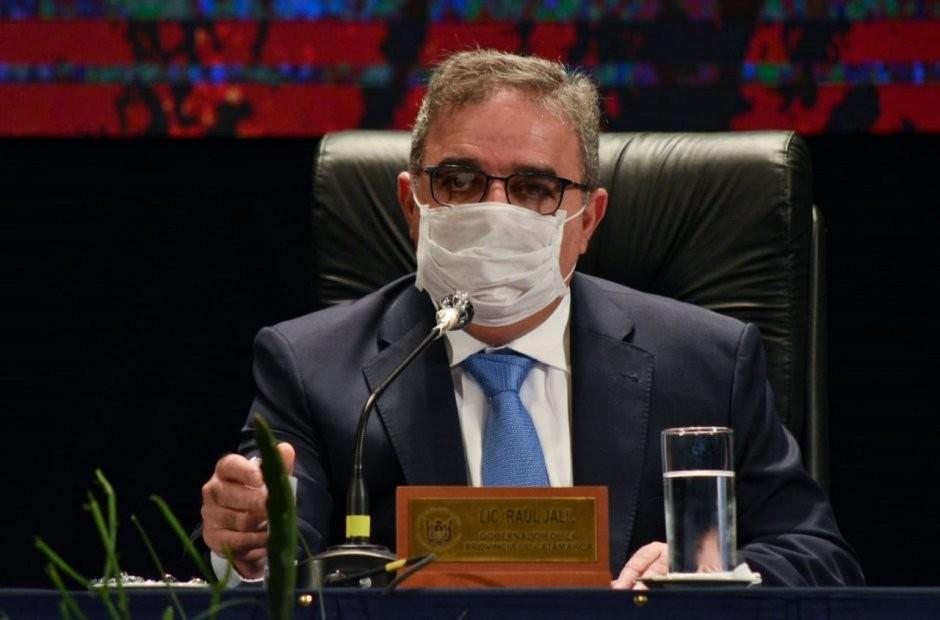 Gremios cuestionan otro de los decretos de Raúl Jalil durante el receso legislativo