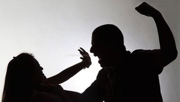 Uniformado imputado por golpear a su novia y mantenerla cautiva por varias horas