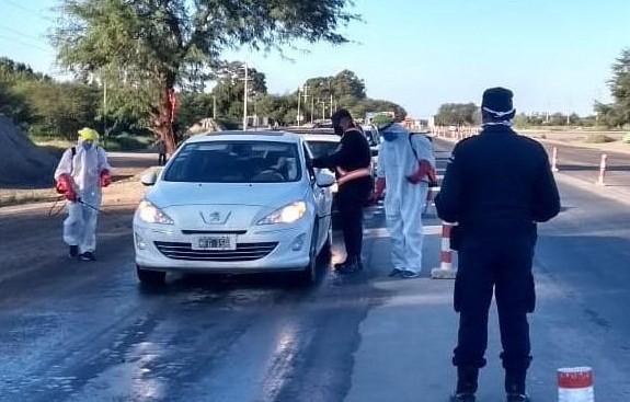 800 personas regresaron a la provincia pero siguen en cuarentena