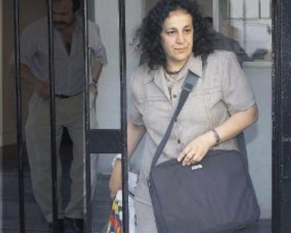 Nombraron directora de prensa presidencial a la esposa de un famoso guerrillero chileno