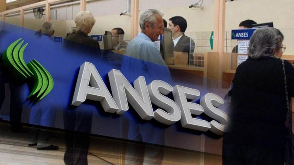 El Gobierno toma otros 389 millones de dólares de la ANSES