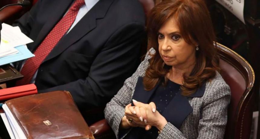 El fiscal del juicio contra Cristina Kirchner pide explorar opciones para que el debate se reanude