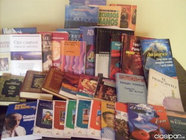 Feria del Libro Usado en la Casa de la Cultura