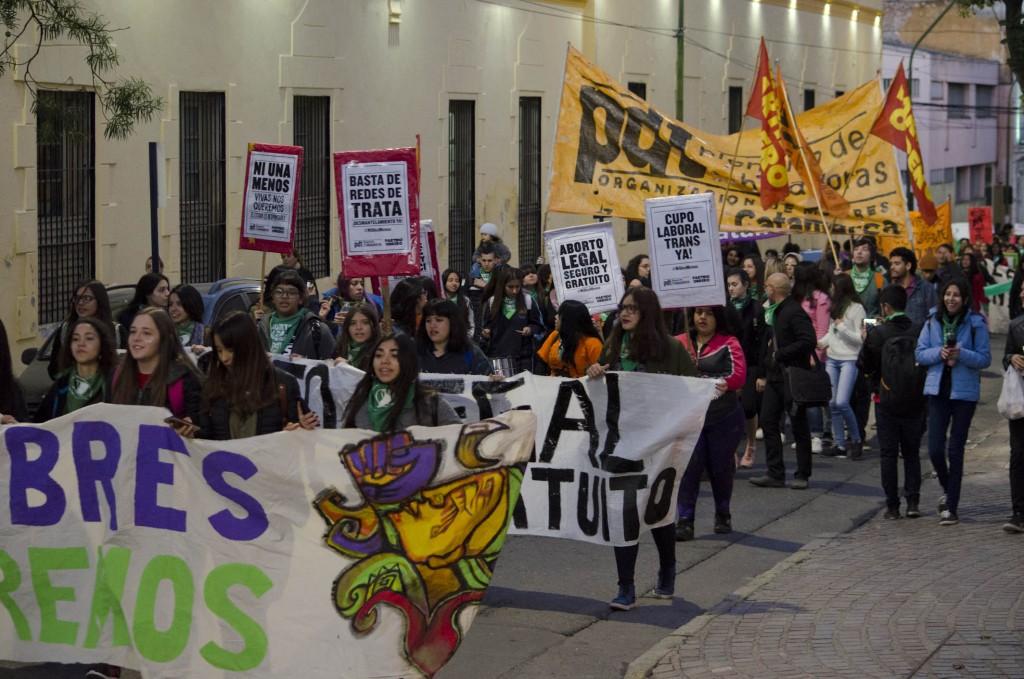 También marcharon por Ni Una Menos auque hubo una grieta entre las manifestantes