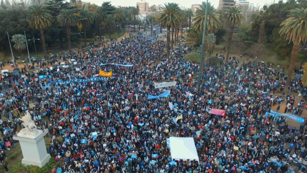 Masivas movilizaciones en el país a favor de las dos vidas