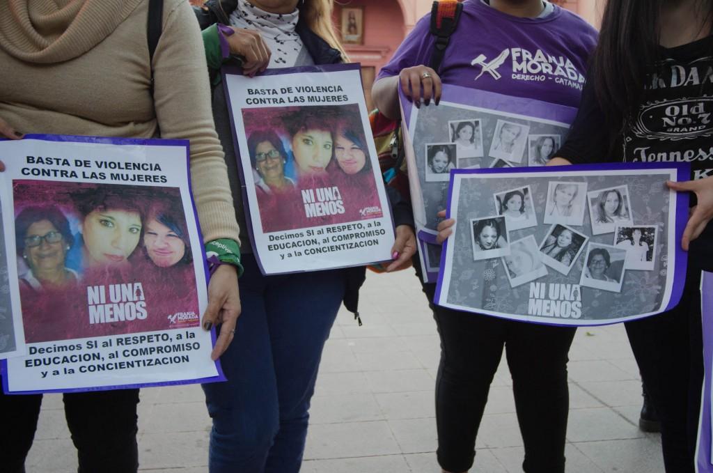 Mujeres gritan Ni una menos en Catamarca