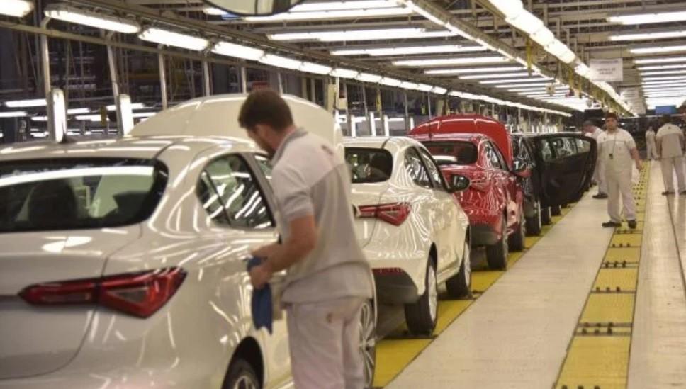 El Gobierno expande el plan Junio 0KM y agrega autos importados a la lista