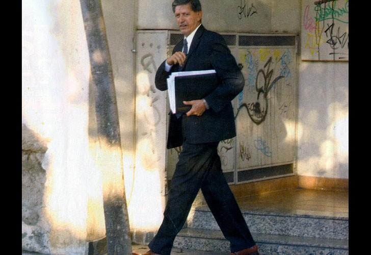 Denuncian a Luis Tula por amenazar con un cortaplumas al hijo mayor de su ex