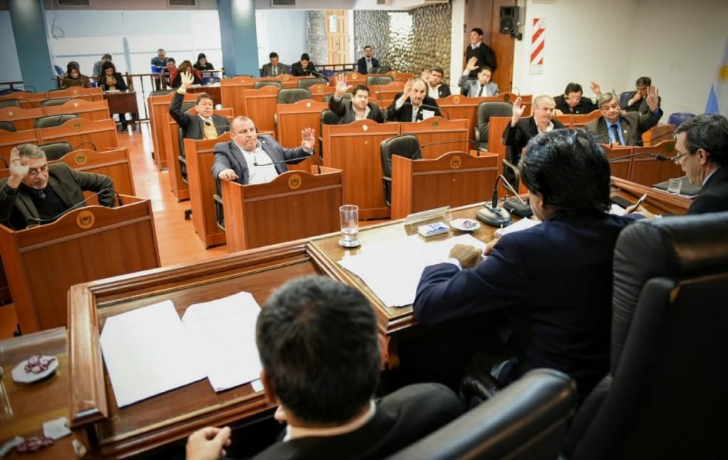 Media sanción a la Ley que regula construcciones sustentables en Catamarca