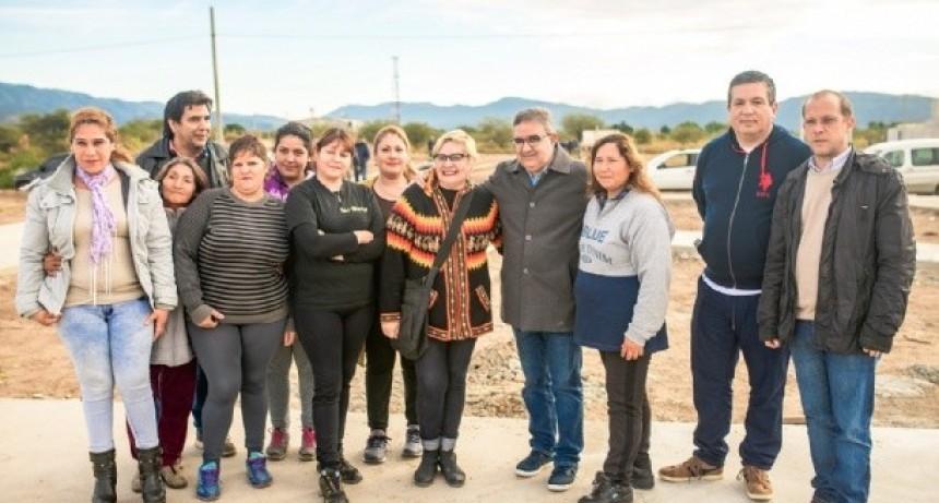 Construyen un nuevo polideportivo en zona norte